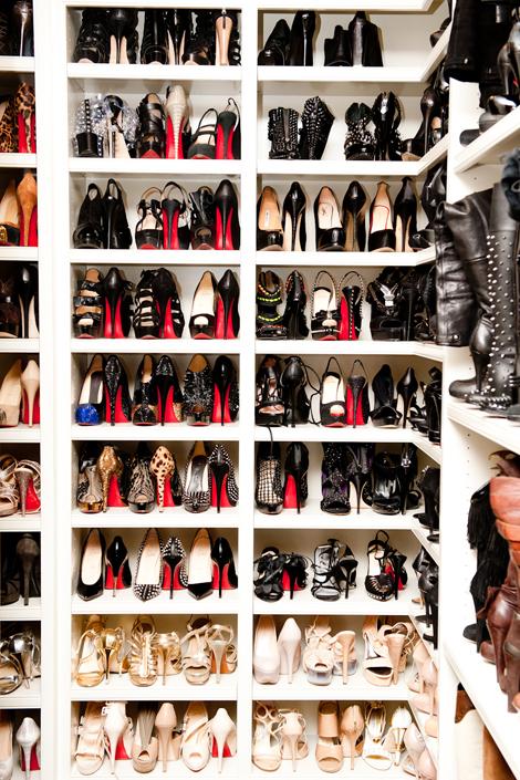 Khloe_Kardashian_shoe_closet